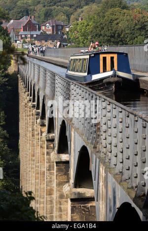 Pontcysyllte Aqueduct (built 1795 to 1805) and the Ellesmere Canal, Llangollen, Denbighshire, Wales, United Kingdom, - Stock Photo