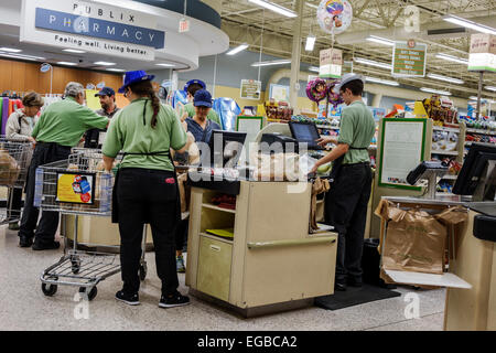 florida-jensen-beach-publix-supermarket-grocery-store-food-sale-checkout-egbca2.jpg