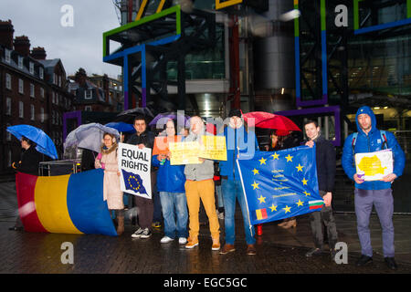 London, UK. 22nd February, 2015. A small group of Romanian expatriates living in London protest against Channel - Stock Photo