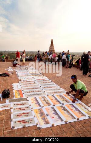 Tourist stalls and tourists on Pya-Tha-Da Pagoda,  Bagan, Myanmar ( Burma ), Asia - Stock Photo