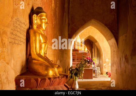 Worshipping golden Buddha statues, Sulamani Pagoda, Bagan, Myanmar ( Burma ), Asia - Stock Photo