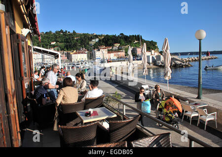 Cafe along the beach promenade, Piran, Gulf of Triest, Slovenia - Stock Photo