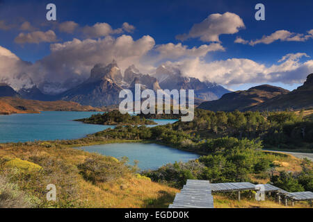 Chile, Patagonia, Torres del Paine National Park (UNESCO Site), Cuernos del Paine peaks and Lake Pehoe - Stock Photo