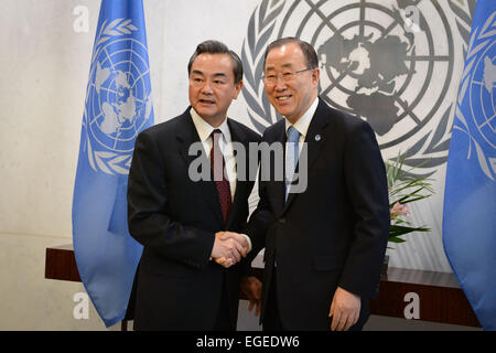 New York, USA. 23rd Feb, 2015. Chinese Foreign Minister Wang Yi (L) meets with United Nations Secretary-General - Stock Photo