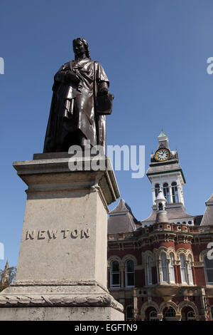 Statue of Sir Isaac Newton outside the Guildhall Arts Centre in Grantham, Lincolnshire - Stock Photo