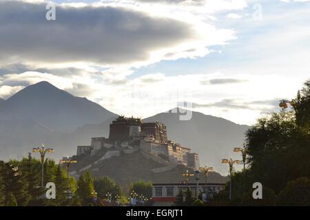 Potala Palace, former seat of Dalai Lama in Lhasa, Tibet - Stock Photo