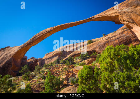 Landscape Arch in Arches National Park, a US National Park in eastern Utah. - Stock Photo