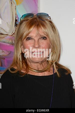New York, NY, USA. 2nd Mar, 2015. Nancy Sinatra at arrivals for Unveiling of New Paintings by Peter Max for Centennial - Stock Photo