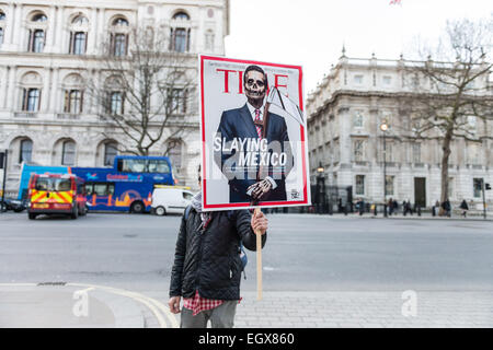 London, UK. 3rd March, 2015. The protest in London was organised by Justice Mexico Now, London Mexico Solidarity - Stock Photo