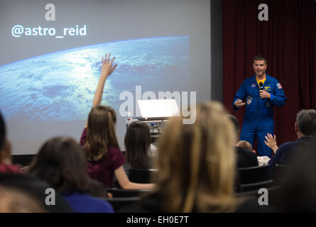 NASA Astronaut Reid Wiseman explains what it was like to live on the International Space Station for 6 months to - Stock Photo