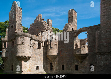 1607 Earl Patrick Stewart forced the building of the Earl's Palace on Orkney Islands. It felt into ruins in the - Stock Photo