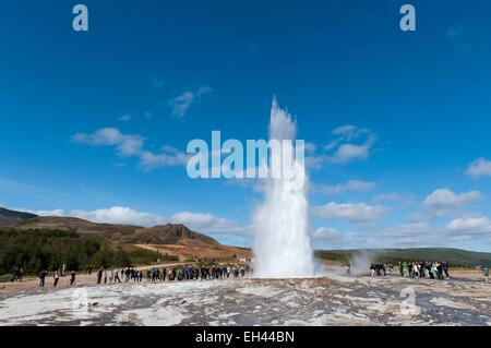 Iceland, Sudurland region, valley of Haukadalur, site of Geysir, the geyser Strokkur - Stock Photo