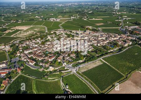 France, Gironde, Saint Emilion, Jurisdiction of Saint Emilion, listed as World Heritage by UNESCO, the village surrounded - Stock Photo