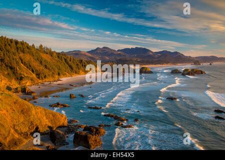 Sunset over the coastline near Cannon Beach, Oregon, USA - Stock Photo