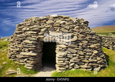 Beehive Hut. Dingle Peninsula, Ireland - Stock Photo