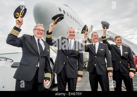Sydney, Australia. 8th March, 2015. Qantas retired its first Boeing 747-400, VH-OJA, which flew a record non-stop - Stock Photo