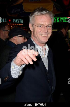 New York, NY, USA. 8th Mar, 2015. Stephen Daldry in attendance for THE AUDIENCE Opening Night on Broadway, Gerald - Stock Photo