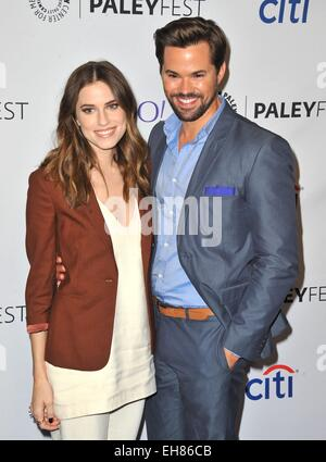 Los Angeles, CA, USA. 8th Mar, 2015. Allison Williams, Andrew Rannells at arrivals for 32nd Annual PALEYFEST Honors - Stock Photo