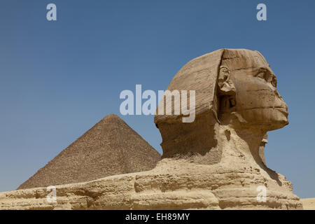 The Sphinx and the Great Pyramid in Giza, UNESCO World Heritage Site, near Cairo, Egypt, North Africa, Africa - Stock Photo