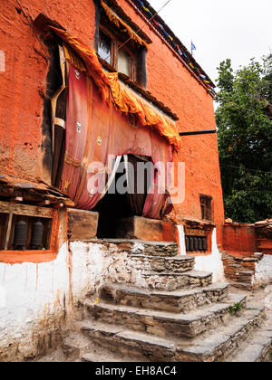 Ghar Gompa, an isolated monastery above Tsarang in Upper Mustang, Nepal - Stock Photo