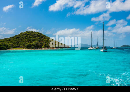 Sailing boats anchoring in the Tobago Cays, The Grenadines, Windward Islands, West Indies, Caribbean - Stock Photo