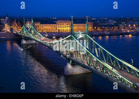 Liberty Bridge (also known as Freedom Bridge and Szabadság hid) spanning the river Danube, Budapest, Hungary.  Taken - Stock Photo