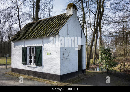 Decoyman's cottage at the duck decoy used for catching wild ducks at Overmere Donk, Berlare, Belgium - Stock Photo