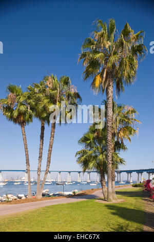 BAYSHORE BIKEWAY TIDELANDS PARK CORONADO BRIDGE SAN DIEGO CALIFORNIA USA - Stock Photo