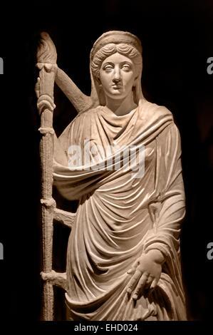 Lucilla, wife of Emperor Lucius Verus  represented as goddesses. 150-200 AD material: marble found at: Bulla Regia - Stock Photo