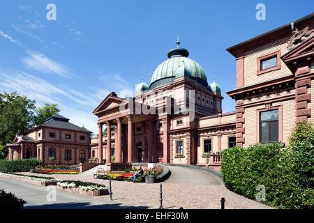 Das Bade- und Theraphiehaus im Bad Homburger Kurpark wurde 1887-90 als Fürstenbad nach Plänen von Louis Jacobs erbaut. - Stock Photo