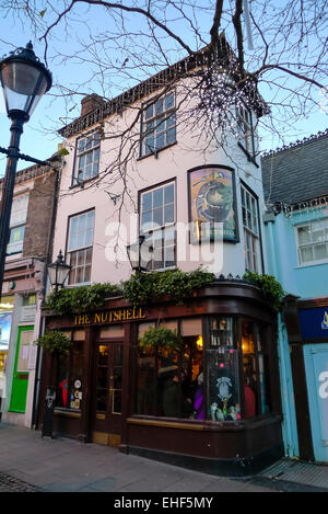 BURY ST EDMUNDS, ENGLAND - DECEMBER 28 2013: The Nutshell public house, located in the heart of the historic Bury - Stock Photo