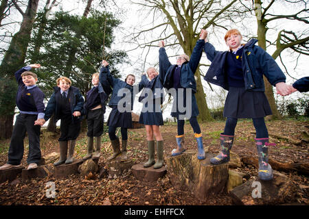 Sidcot School in Winscombe, North Somerset which is run on the Quaker philosophy to education - Year 6 pupils doing - Stock Photo
