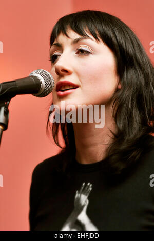 Jess Perks performing live at The Acoustic Lounge at The Railway in Clapham. - Stock Photo