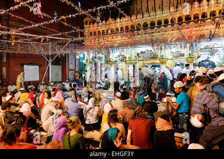Nizamuddin Dargah, New Delhi. - Stock Photo