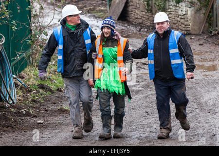 Bristol, UK. 14th Mar, 2015. Specialist eviction teams and enforcement officers have evicted more protesters from - Stock Photo