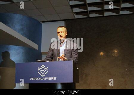 Verona, Italy. 14th Mar, 2015. Verona's Mayor Flavio Tosi speaks during his official candidacy Regional election - Stock Photo