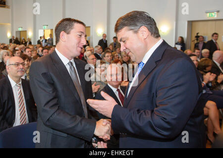 Homburg, Germany. 15th Mar, 2015. The US investigative journalist Gleen Greenwald is welcomed by German Vice Chancellor - Stock Photo