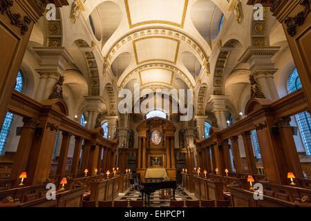 Interior St Bride's Church Fleet Street London - Stock Photo