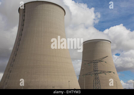 ILLUSTRATION OF NUCLEAR ENERGY, NUCLEAR POWER PLANT OF NOGENT-SUR-SEINE, AUBE (10), CHAMPAGNE-ARDENNE, FRANCE - Stock Photo