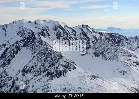 Zillertal alps in winter: Hochfeiler (back left), Weißspitze and Unterberg (back),  Hochfeller (center left) and - Stock Photo