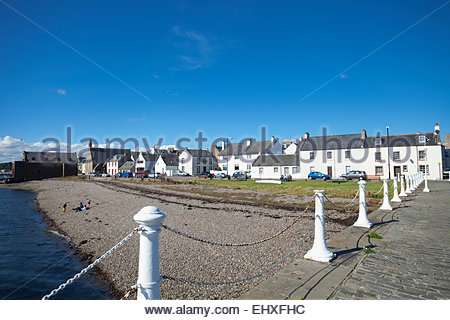 Broughty ferry harbour summer blue sky houses - Stock Photo