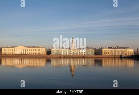 Universitetskaya Embankment, St. Petersburg, Russia. - Stock Photo