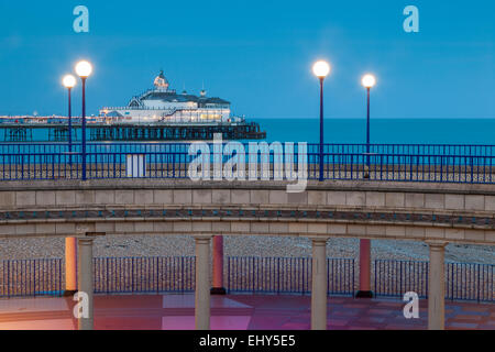 Evening on the seafront in Eastbourne, UK. - Stock Photo