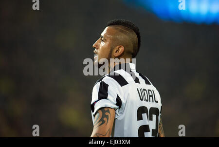 Dortmund, Germany. 18th Mar, 2015. Turin's Arturo Vidal reacts during the Champions League Round of Sixteen soccer - Stock Photo