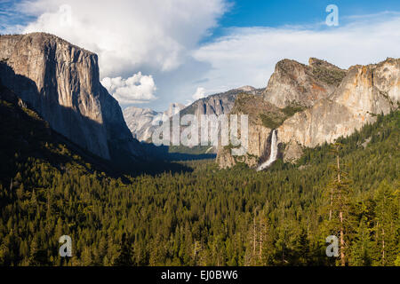 Yosemite Valley from Tunnel View Point, Yosemite National Park, California, United States of America. - Stock Photo