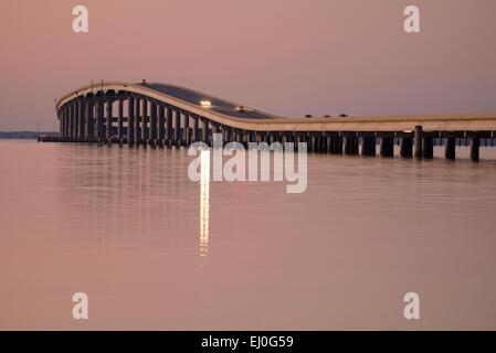 USA, Florida, Franklin County, Gulf of Mexico, Apalachicola, St. George Island, causeway at dusk - Stock Photo