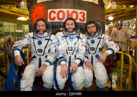 International Space Station Expedition 43 backup crew members cosmonauts NASA Astronaut Jeff Williams, left,  cosmonauts - Stock Photo