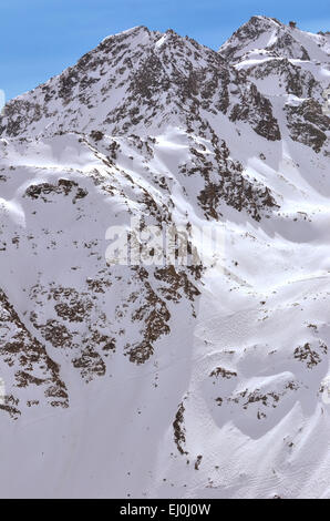 Immense off piste skiing in Verbier and Nendaz on the Mont Fort aand Tortin. Viewed from a helicopter - Stock Photo