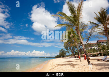 Clean sandy beach at Vinpearl Resort, Phu Quoc island, Vietnam. - Stock Photo