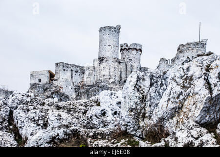The old castle ruins of Ogrodzieniec fortifications, Poland. - Stock Photo